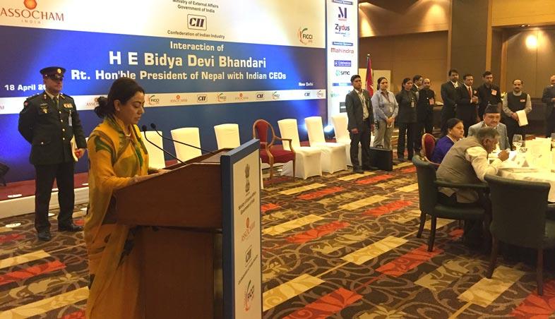 सीईओज बैंठकलाई महासंघका अध्यक्ष राणाद्वारा संवोधनः नेपालमा निर्धक्क भएर लगानी गर्न भारतीय लगानीकर्ताहरुलाई आव्हान (२०७४/०१/५)