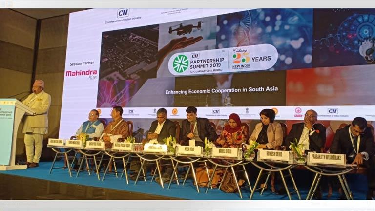 सीआईआई साझेदारी सम्मेलनलाई महासंघका विशिष्ट सदस्य ढकालबाट मुम्बईमा संवोधनः जनशक्ति र प्राकृतिक स्रोतको सही सदुपयोग हुन सके अवको विश्व अर्थतन्त्रको नेतृत्व दक्षिण एशियाले गर्ने - ढकाल (२०७५/०९/२८)