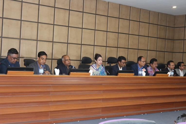 नेपाल विद्युत प्राधिकरणले हालै जारी गरेको विद्युत महसुल दररेटका सम्बन्धमा नेउवामहासंघ, सीएनआई र नेपाल चेम्वरद्वारा आयोजित संयुक्त पत्रकार सम्मेलनमा जारी गरिएको बक्तव्य (२०७६।१।२४)