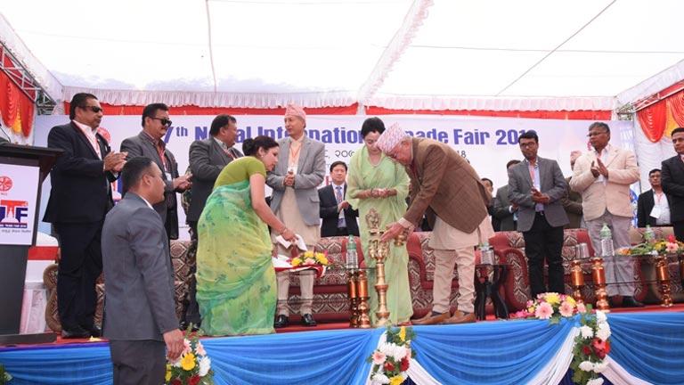 नेपाल अन्तर्राष्ट्रिय व्यापार मेला २०१८ को सम्माननीय प्रधानमन्त्रीबाट समुद्घाटन अव मुलुकमा कसैले पनि भोकले मर्न नपर्ने, त्यसको जिम्मा सरकारले लिने प्रधानमन्त्रीको उद्घोष (२०७४/११/२४)