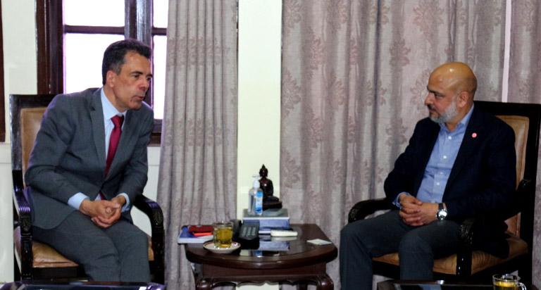 महासंघका अध्यक्ष गोल्छा र नेपालका लागि फ्रान्सेली राजदूत बीच भेटवार्ता (२०७७/११/२०)