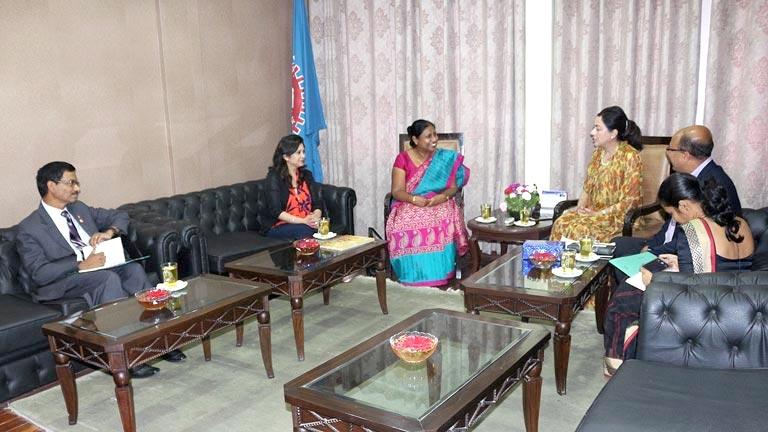 महासंघका अध्यक्ष राणा र नेपालका लागि श्रीलंकाका राजदूत बीच महासंघ सचिवालयमा भेटवार्ता (२०७४/३/२२)