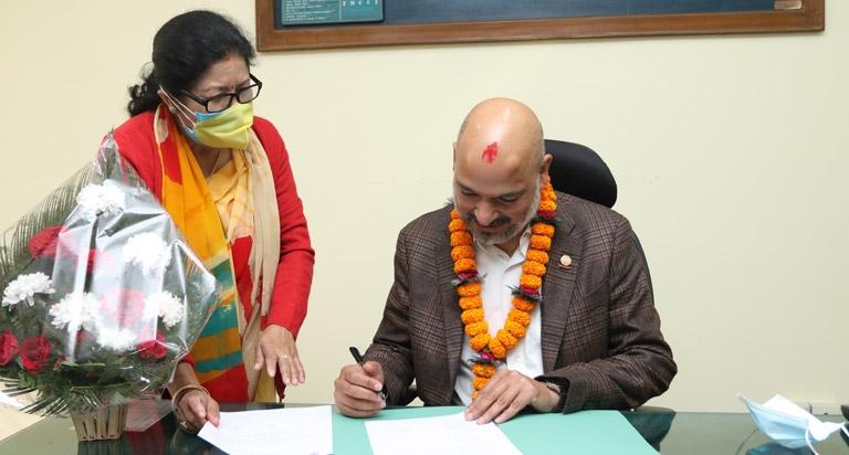 FNCCI President Shekhar Golchha assumes office
